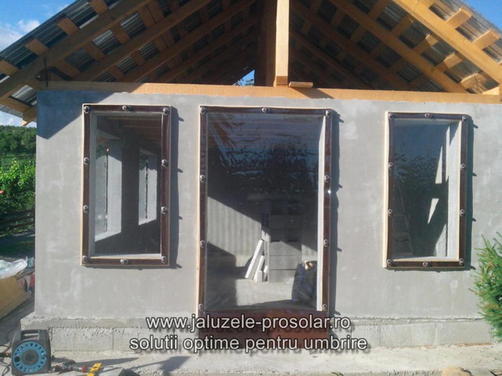 Inchideri terasa si foisoare cu folie transparenta