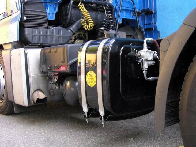 Kituri hidraulice complete de basculare Iveco Stralis noi