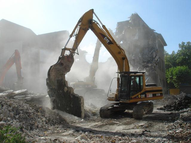 Demolare constructii civile si industrale
